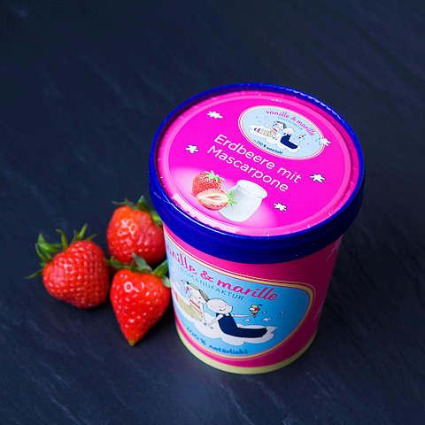 Eis aus Berlin: Zuhause-Becher Erdbeer mit Mascarpone, vanille & marille